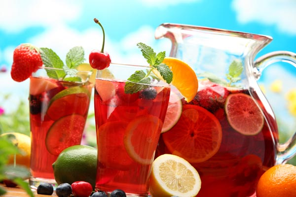 Summer Strawberry And Peach Sangria
