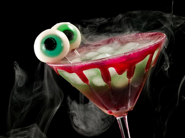 Four Must Mix Spooky Cocktails for Halloween
