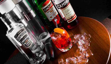 QT Sydney Offers Guests Australia's First-Ever All-Negroni Cocktail Menu
