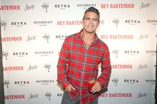 "Andy Cohen Celebrates with Cast the World Premier of ""HEY BARTENDER"""