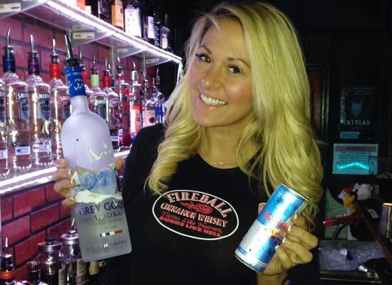 Featured Mixologist Kindly Myers