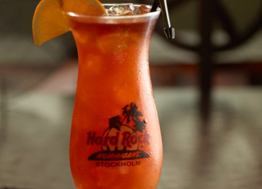 hurricane mardi gras cocktail featured image