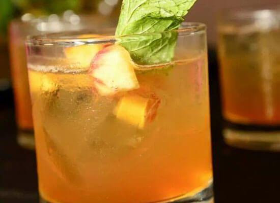 Chilled Drink of the Week: Peach Bourbon Bite