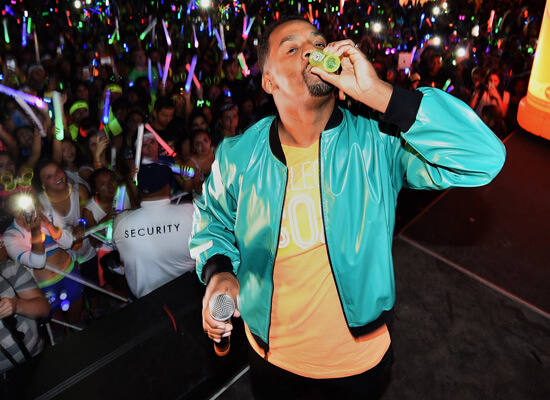 Alfonso Ribeiro Joins Southern Comfort to Host the Unofficial World's Largest Group Toast
