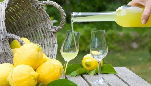 5 Must Mix Limoncello Cocktails