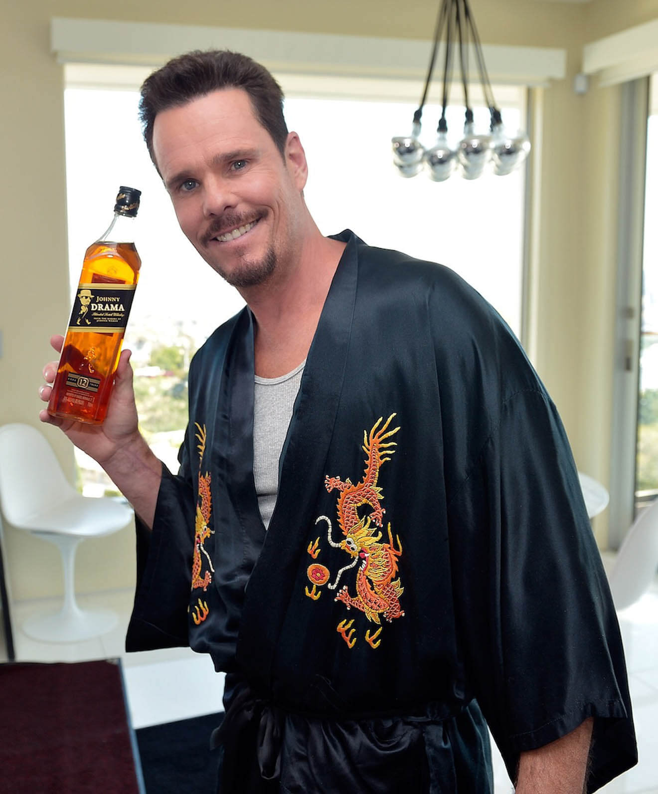 Kevin Dillon on set of Johnny for  Johnnie with Johnny Drama Blend
