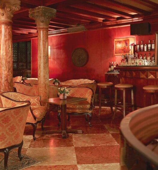 15 Drop Dead Gorgeous International Bars