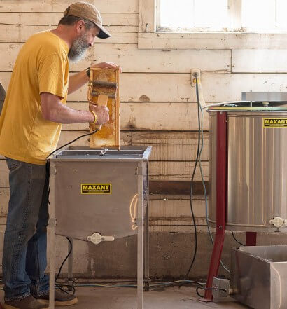 Rogue Farms Honey Kolsch is Dedicated to Growing Bees