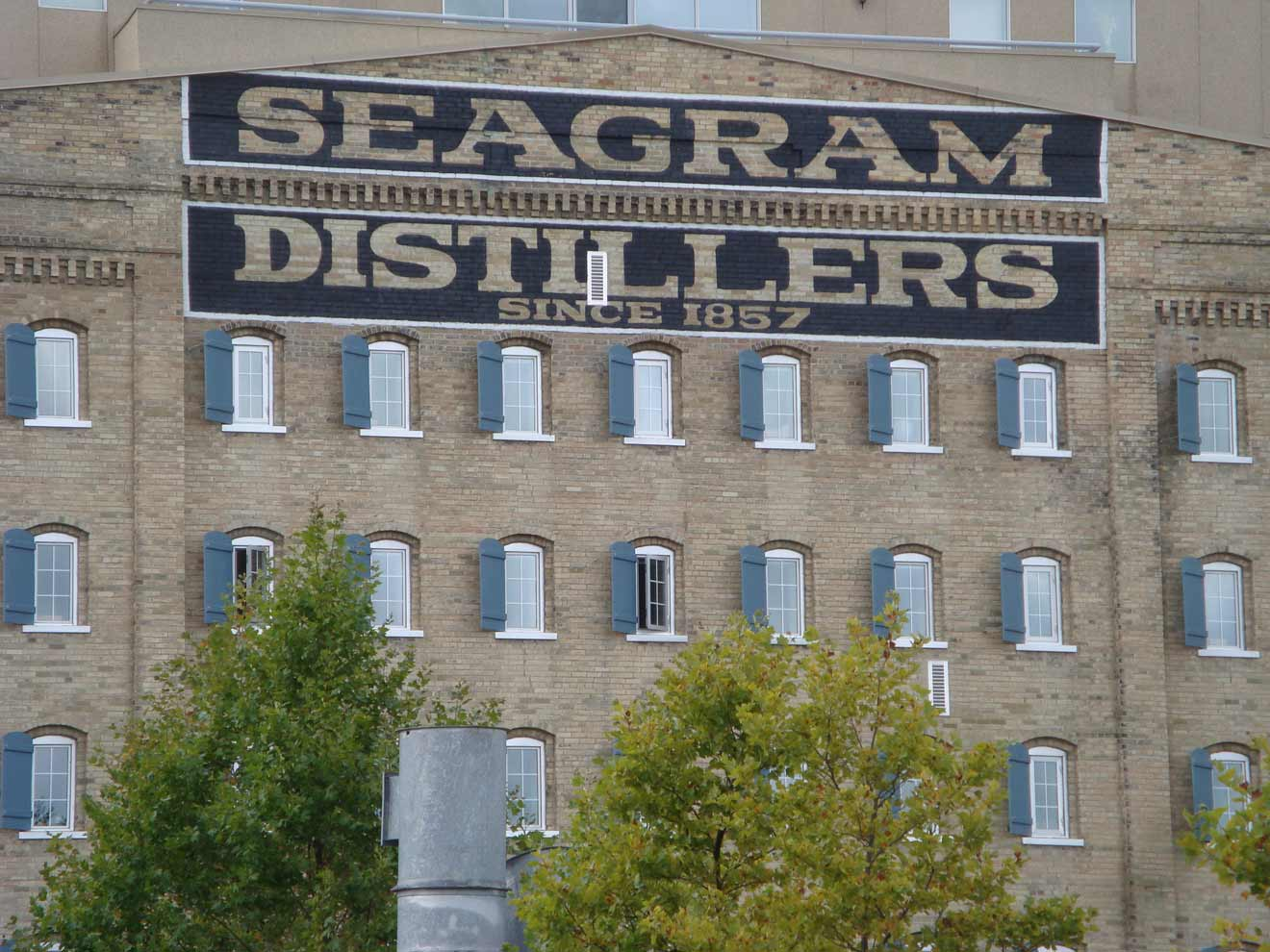 6a JE Seagram, one of Canada's first whisky distillers, was an Englishman