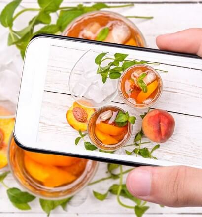 5 Cocktail Apps to Shake Things Up at Home