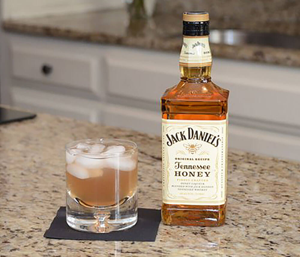 Halftime Honey Jack Daniel's cocktail recipe