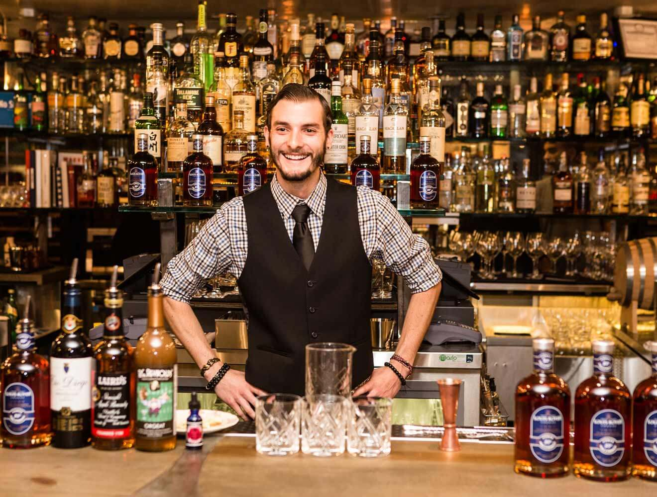 Mixologist and Chilled 100 Ambassador, Brett Esler