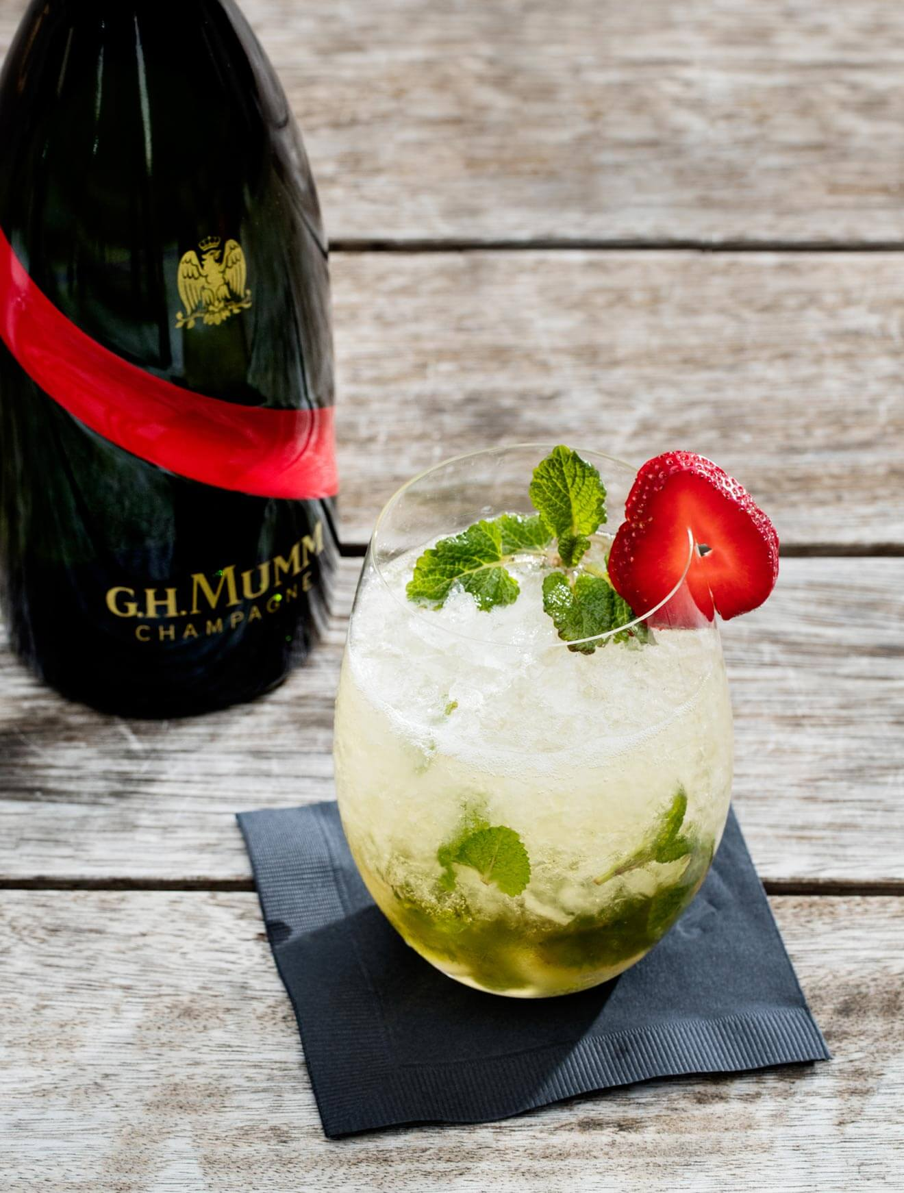 Kentucky Derby Cocktail - The Mumm Julep, cocktail recipes