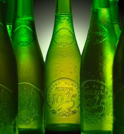 Cervezas Alhambra Launches Reserva 1925 Draft in Miami, beer news, featured image