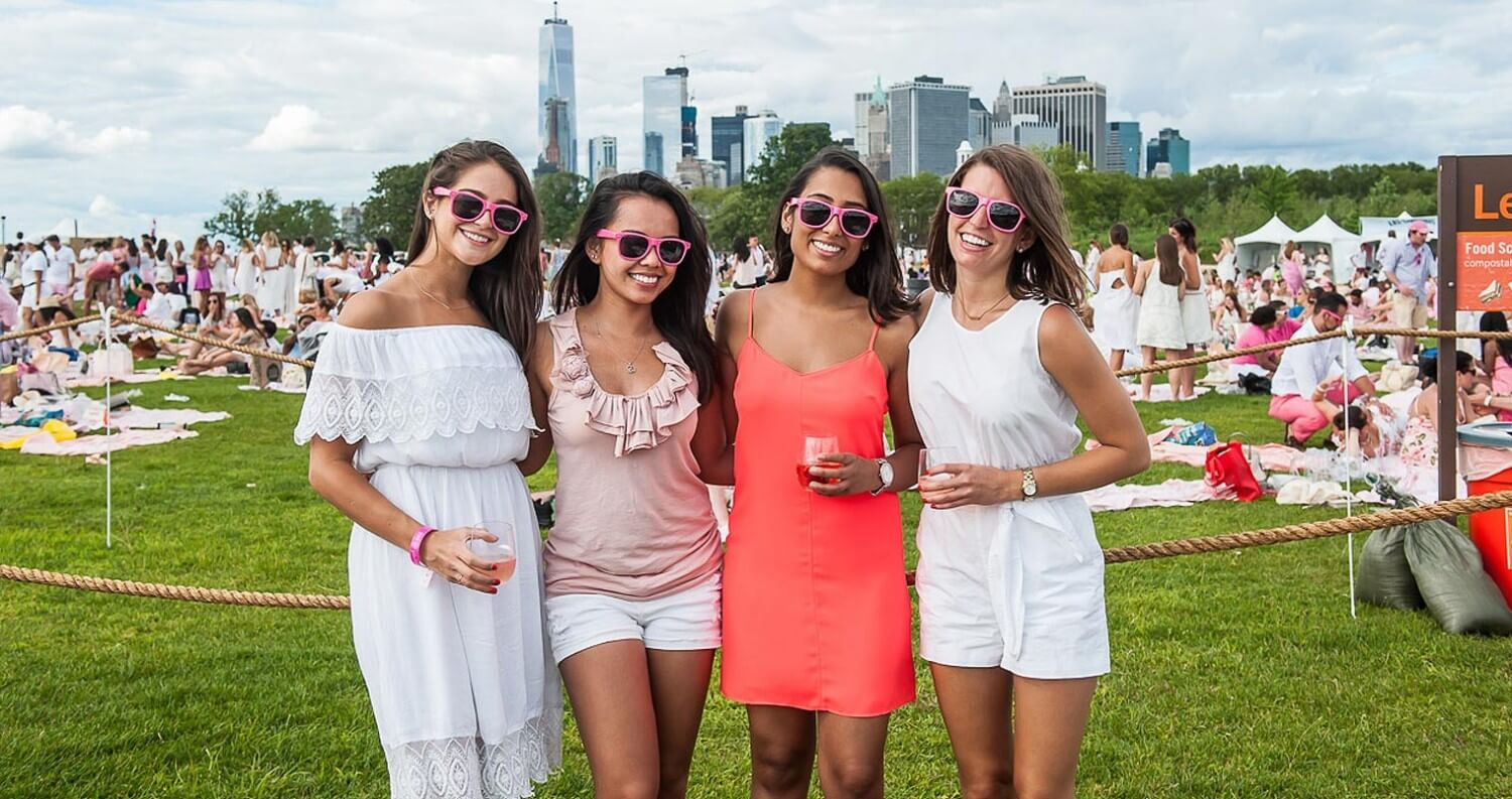 Rosé-Themed Picnic and Music Festival Blankets Governors Island, featured image