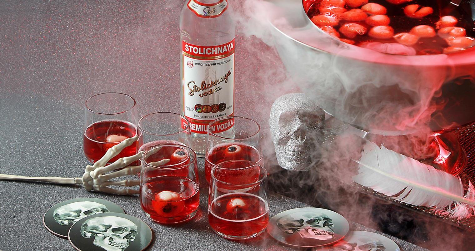 Must Mix: Stoli Vodka Halloween Cocktails