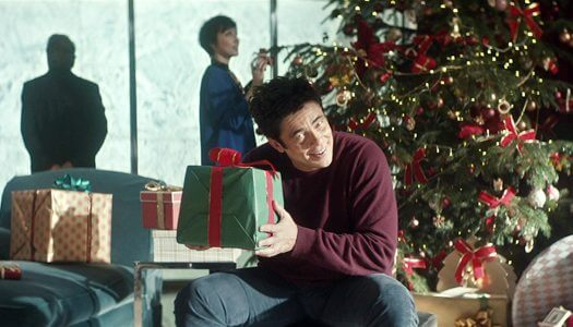 New Heineken Holiday Commercial Stars Benicio Del Toro