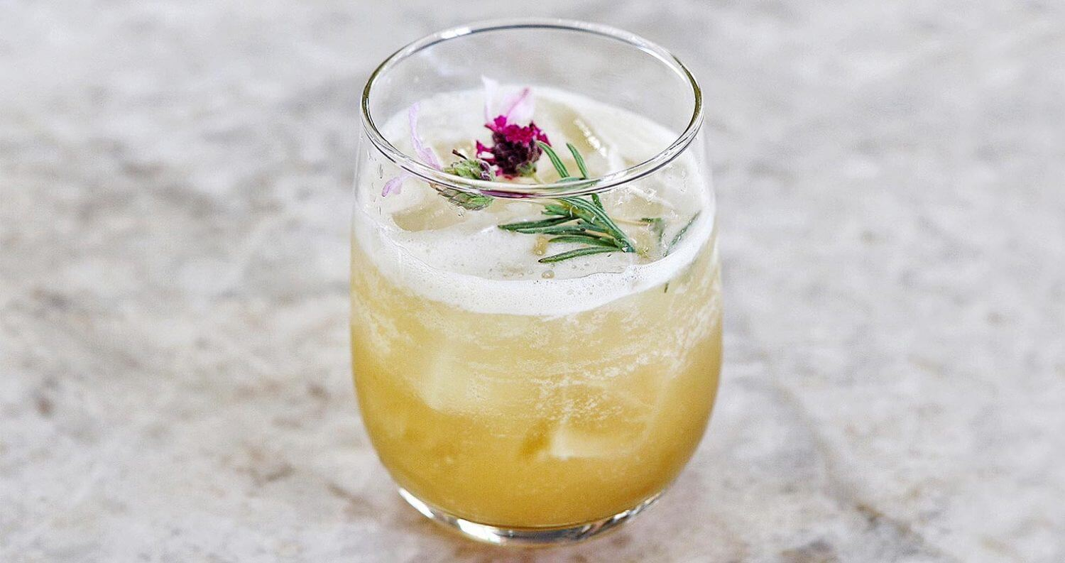 3 Must Mix Healthy Holiday Cocktails, featured image