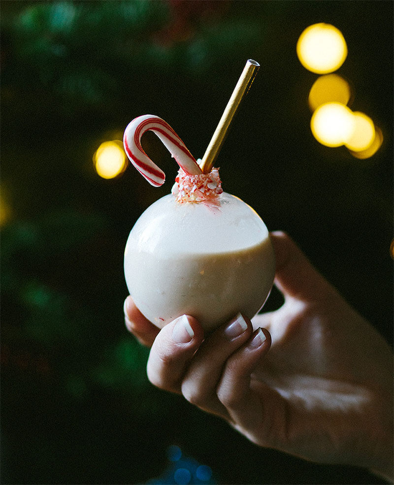 Must Mix: Baileys Holiday Ornament Cocktail