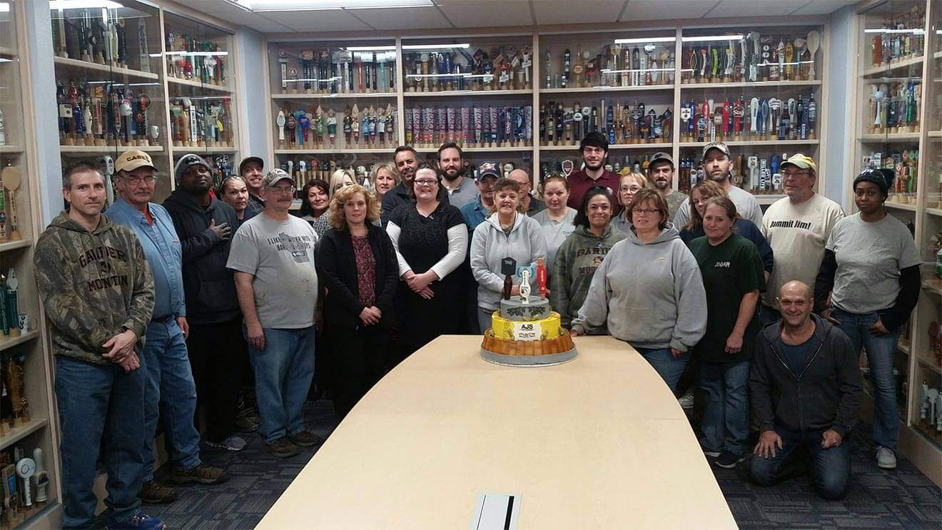final 30th team cake and team