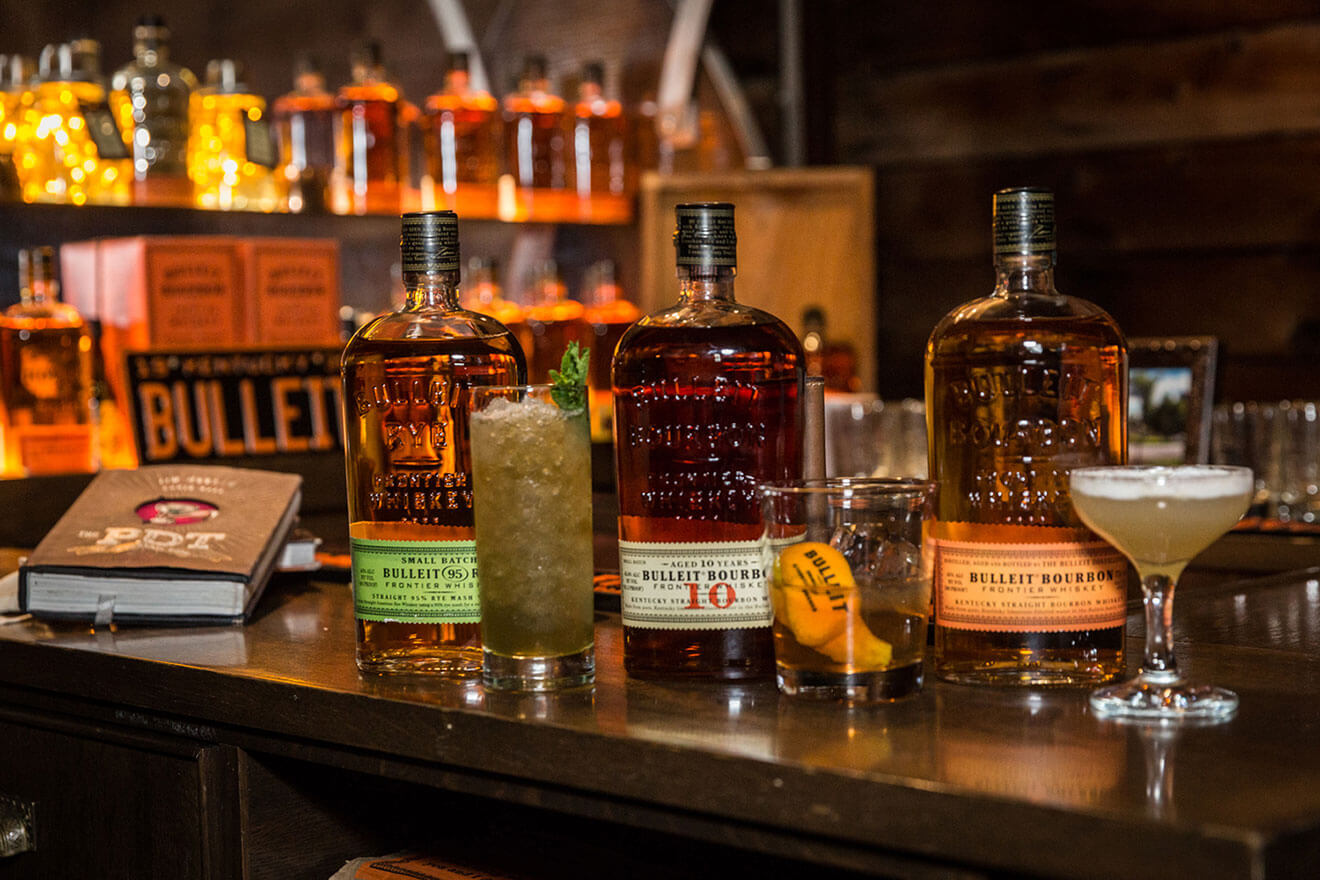 Bulleit 10 Year Old Fashioned Bulleit Frontier Sour