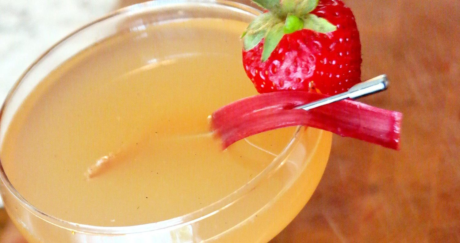 Chilled Drink of the Week: Me & Julio Down by the Rhubarb, featured image