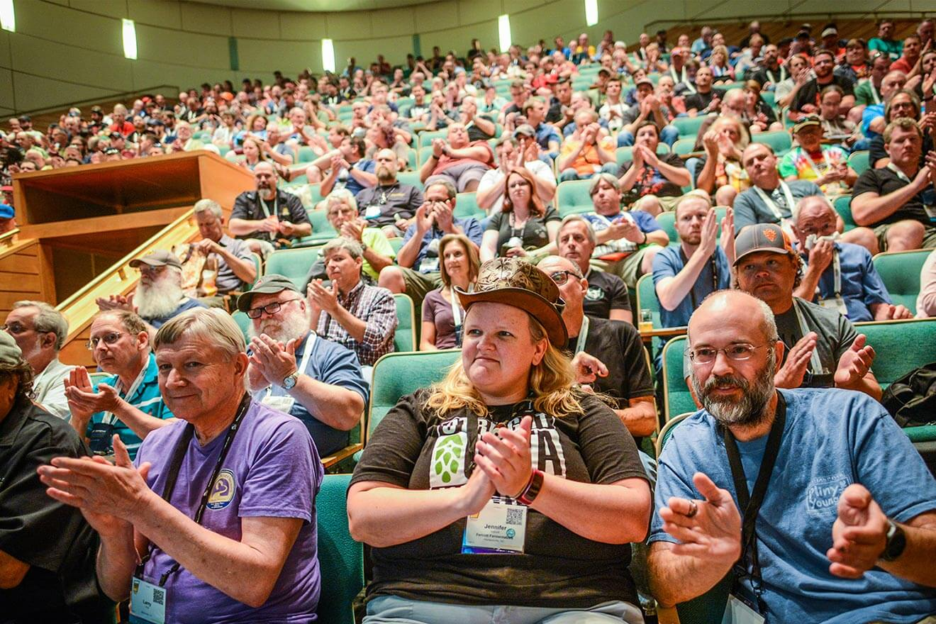 2017 Homebrew Con and National Homebrew Competition, crowd applauding