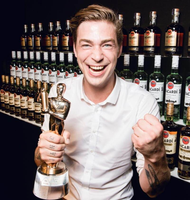Ran Van Ongevalle, Winner of 2017 BACARDÍ Legacy Global Cocktail Competition with trophy