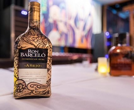 Ron Barcelo Añejo bottle