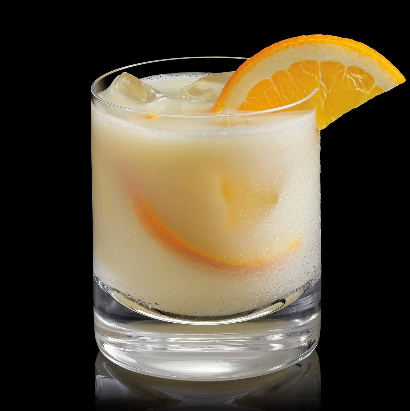 8 Tropical Island Rum Cocktails: Chilled Drink Of The Week: BACARDÍ Banana Tropical Rum