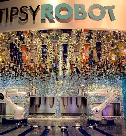 World's First Land-Based Robotic Bar Invades Las Vegas, featured image