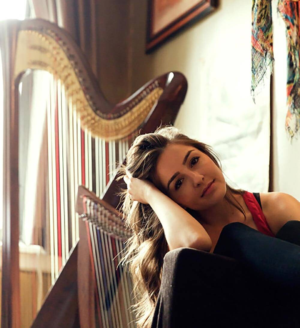 Chillin' with Natalie Knepp, pose with harp