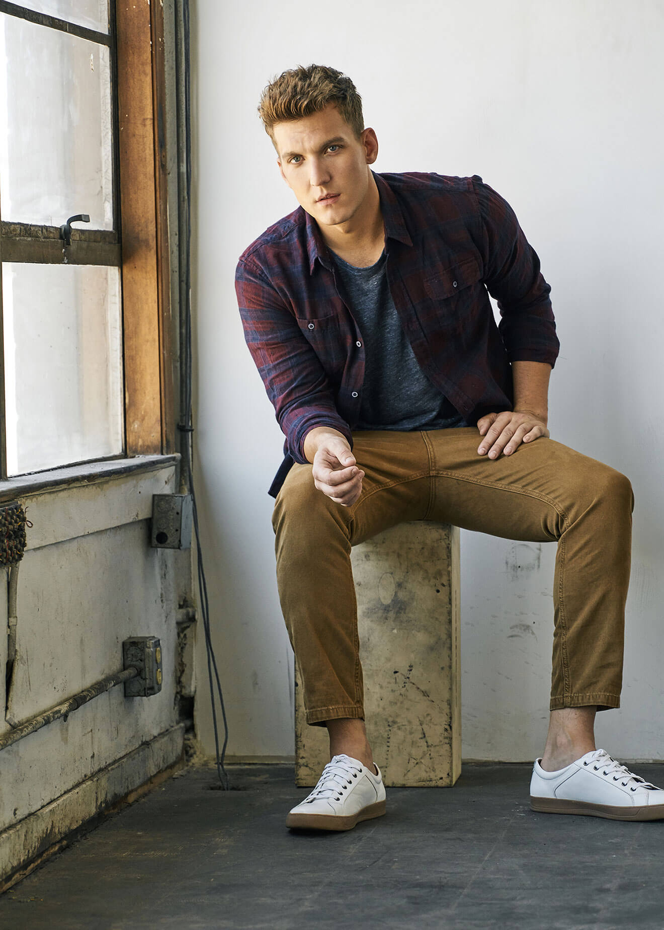 Chillin' with Scott Michael Foster, sitting on stool in corner