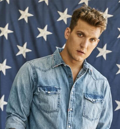 Chillin' with Scott Michael Foster, featured image, stars and stripes backdrop