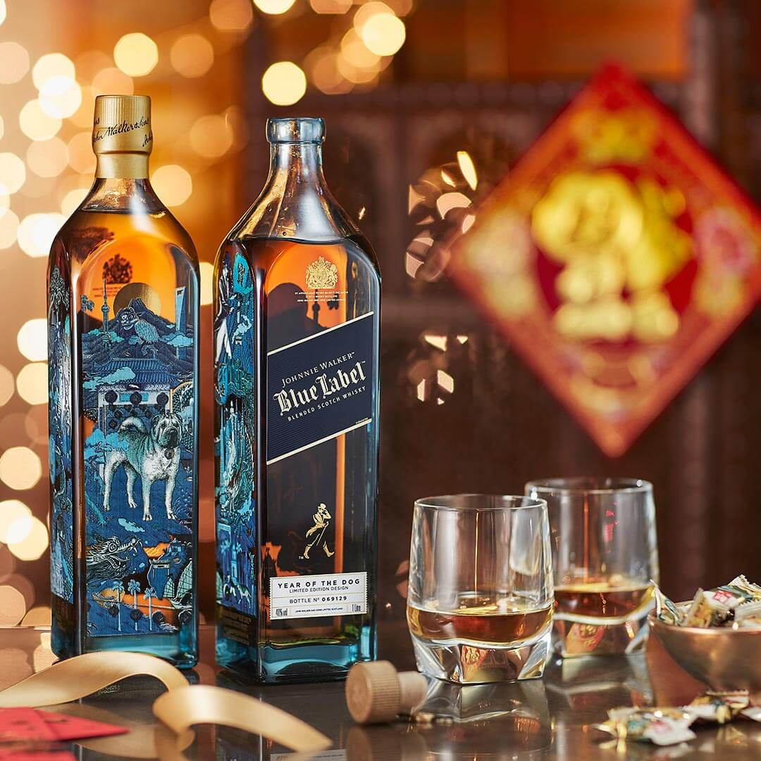 Johnnie Walker Blue Label Year of the Dog, bottles, glasses