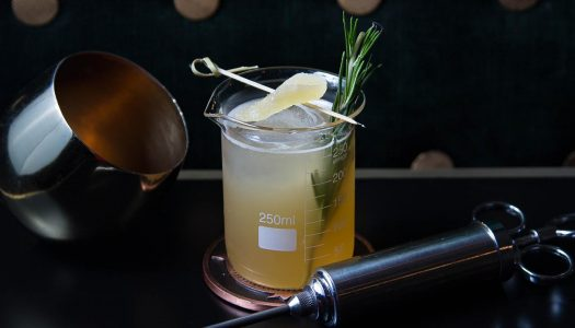 Easy to Mix: The Peaty Penicillin Cocktail