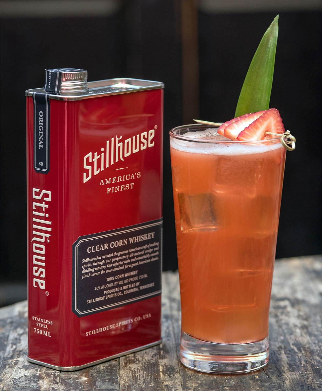 Love Forever, cocktail with stillhouse whiskey can package