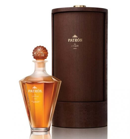 Patrón en Lalique, Series 2, bottle and packaging on white, featured image