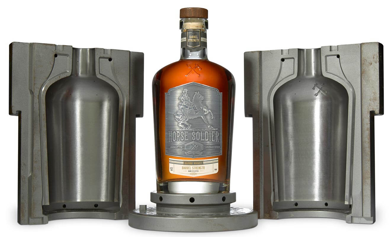 Horse Soldier Signature Bourbon, bottle and mold on white