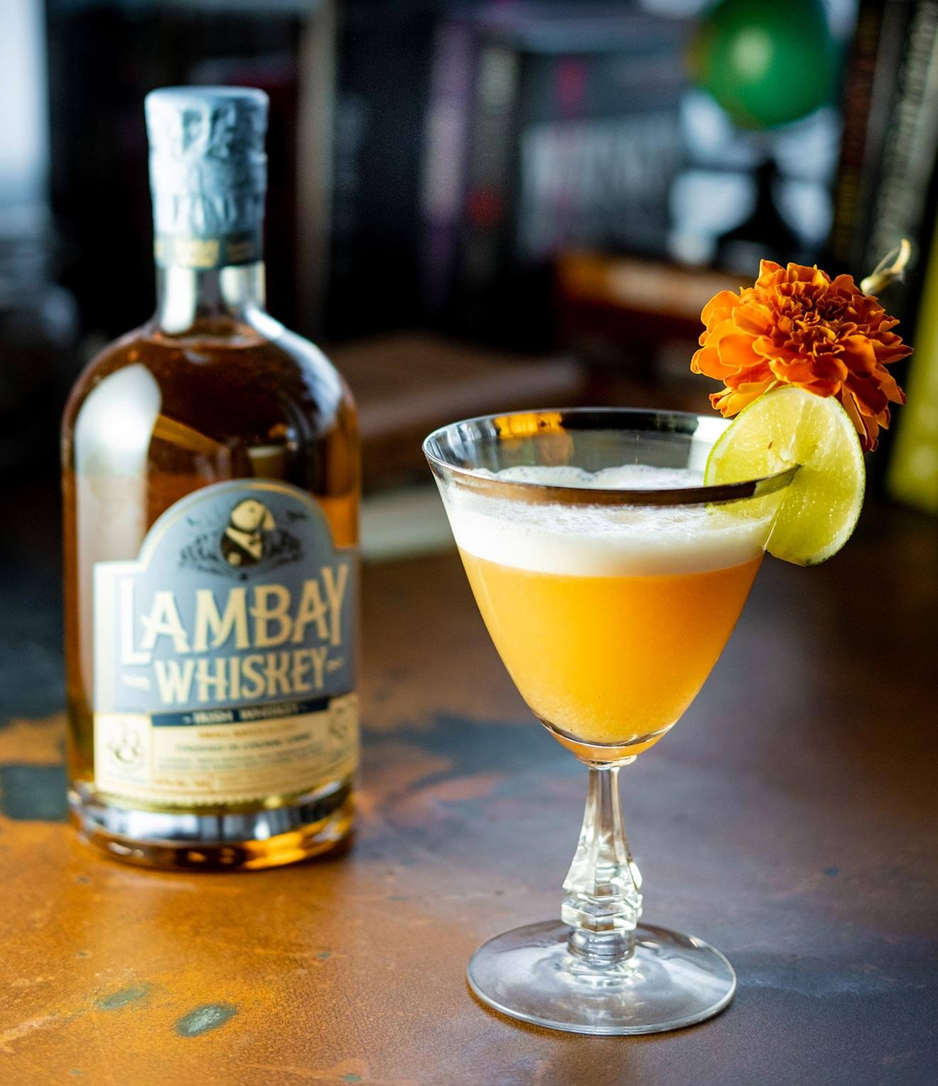 Sassy Irishman, cocktail with lambay whiskey bottle