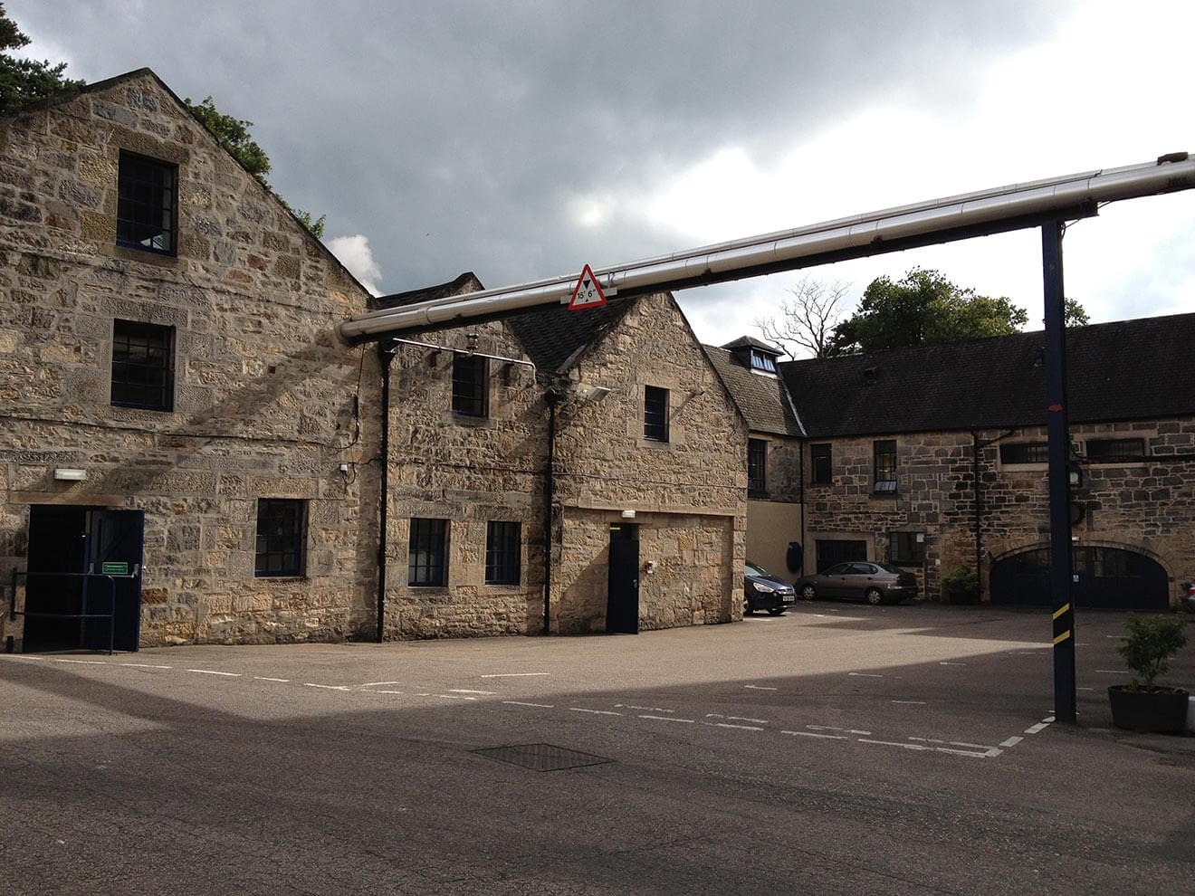 Glen Moray Distillery, outside view