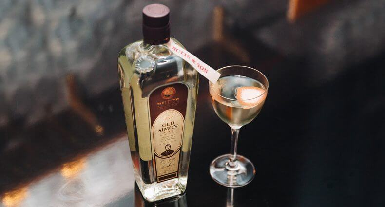 Rutte Celery Snapper Cocktail, bottle and cocktail, featured image