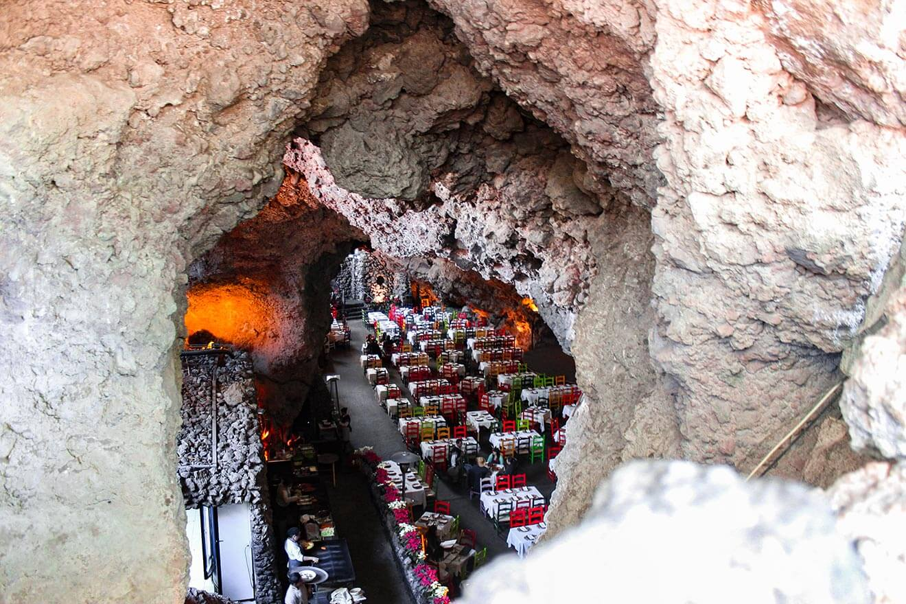 La Gruta Cave, with seating