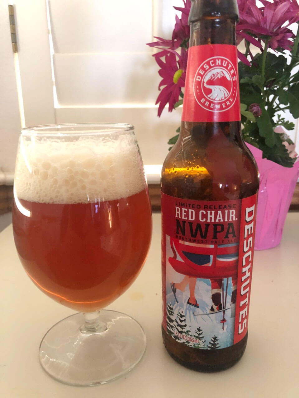 Deschutes Brewery Red Chair Northwest Pale Ale, glass and bottle