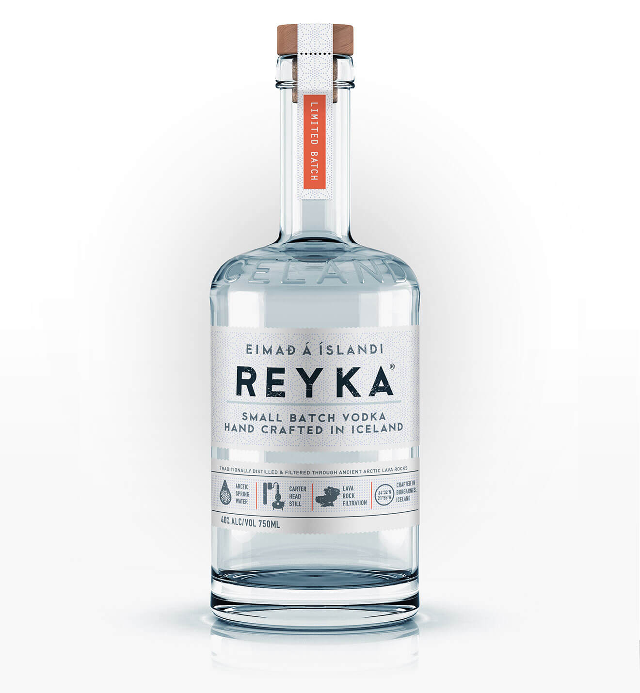Reyka Vodka, bottle with reflection, light gradient