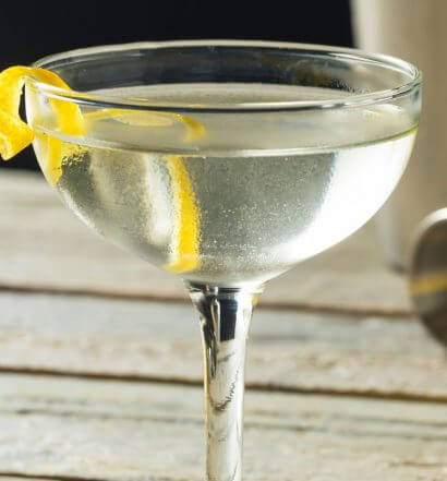 Perfect Gin Martini, cocktail with garnish, featured image