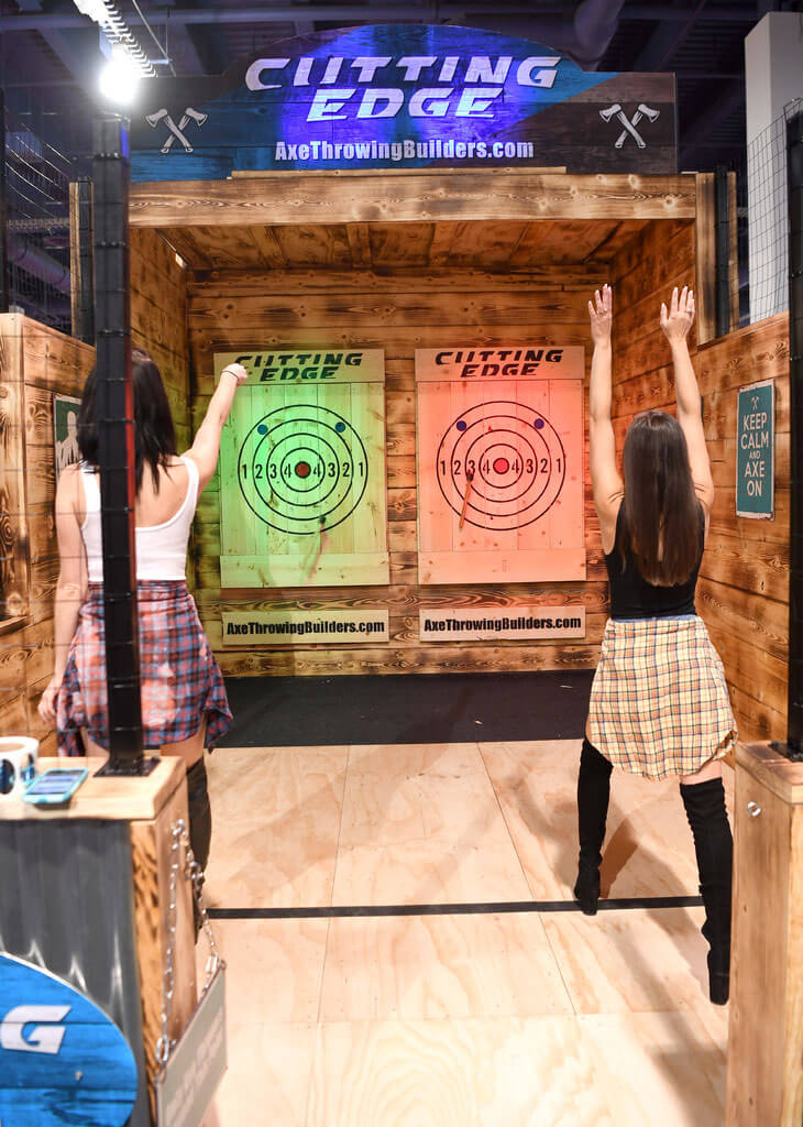 Cutting Edge Axe Throwing, nightclub & barshow 2019