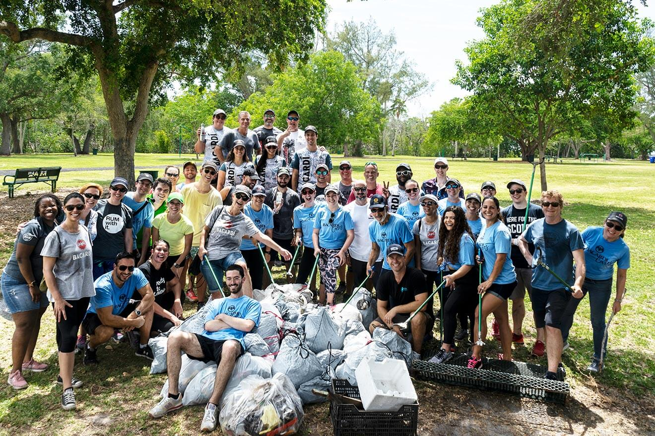 Bacardi-CR-Month-Clean-Up-with-Debri-Free-Oceans