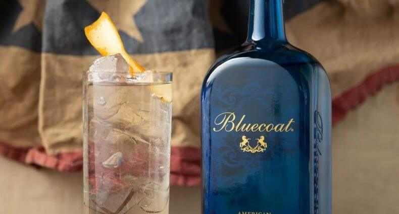 All-American GnT, cocktail and bottle with old american flag, featured image