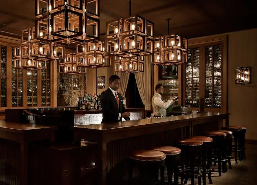 The Oak Door Bar at Grand Hyatt Tokyo